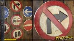Panneau routier rétro Interdiction de tourner à droite en métal