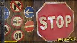 Panneaux routiers décoratifs : signalisation Stop