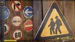Panneau de signalisation routière rétro de style anglais