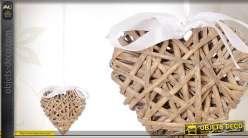 Coeur en osier à suspendre avec grand ruban blanc satiné
