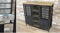 Buffet en métal de style indus, 2 portes avec 12 tiroirs et 6 espaces de rangement, finition usée et plateau en sapin