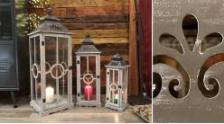 Série de trois lanternes en bois et verre, finition gris effet blanchi, ambiance vieille maison, 101cm