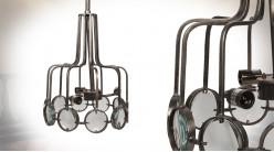 Suspension en métal et verre à 3 feux, finition argent vieilli, ambiance vieil atelier, Ø42cm