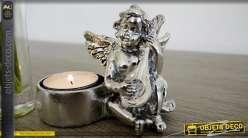 Porte-bougie en forme de statuette d'ange finition argentée