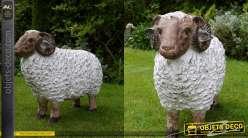 Grande statuette de bélier en résine pour parc ou jardin