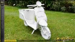 Jardinière en forme de scooter patine blanche effet vieilli