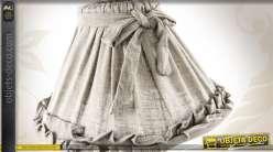 lampe de table abat jour en tissu et pied d cor coloris gris. Black Bedroom Furniture Sets. Home Design Ideas