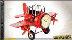 Avion rouge horloge style rétro