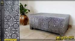 Table basse de style marocain en bois et métal argenté