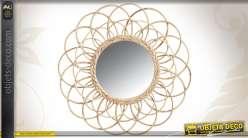 Miroir rond Ø 54 cm en rotin entrelacé motif fleur