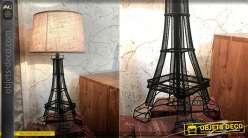 Lampe de table originale en métal finition noire, forme de tour Eiffel avec abat jour couleur lin, 60cm