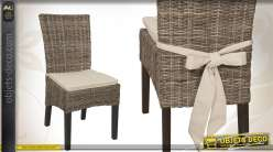 Chaise en acajou et poelet gris avec coussin