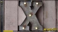 Décoration murale en métal Lettre X avec éclairage LED
