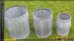 Série de trois grands pots en acier galvanisé finition zinc