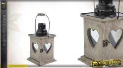 Lanterne motifs coeurs en bois vieilli, métal et verre