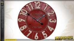 Horloge murale ronde coloris rouge patiné Ø 59 cm