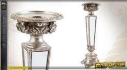 Chandelier ornementé de style classique finition vieil argent