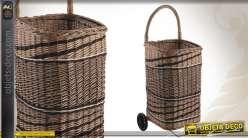 Chariot à bûches en osier teinté avec anse et roulettes