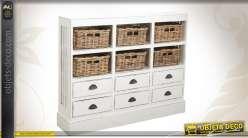 Commode en bois pourvue de 12 tiroirs et patinée blanc vieilli