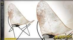 Fauteuil papillon rétro en métal et en peau de vache blanche et marron