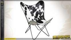 Fauteuil papillon en métal et peau de vache coloris blanc et noir