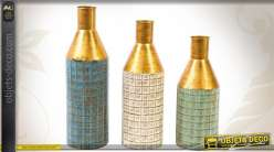 Trio de vases déco en métal vieilli