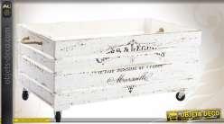 Caisse vintage en bois coloris blanc avec roulettes