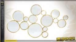 Ensemble décoratif de miroirs ronds patinés vieux doré