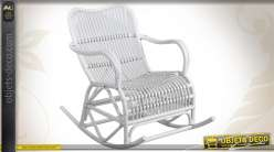 Rocking chair laqué blanc en rotin