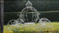 Porte-plantes de charme : Le carrosse de Cendrillon