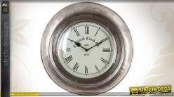 Horloge murale de style vintage finition vieil argent