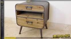 Table de nuit en bois et métal de style industriel et vintage