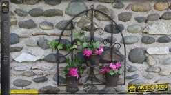 Jardinière murale en fer forgé