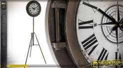 Horloge ronde rétro et indus sur trépied métal 160 cm