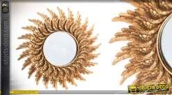Miroir soleil en résine et verre de 48 cm effet doré vieilli
