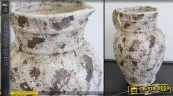 Vase en terre cuite patine blanche désagrégée effet antiquité 28 cm