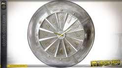Grande horloge en métal gris galvanisé motif turbine de réacteur d'avion Ø 79 cm