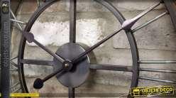 Horloge rétro indus en métal façon fer forgé avec chiffres romains Ø 49 cm