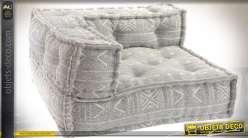 Canapé d'angle ras de sol en tissu coloris gris clair style boho 80 cm