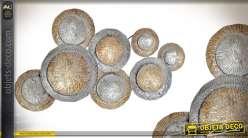 Grande déco murale en métal déclinaison de bronze 106cm