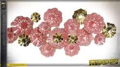 Gande décoration murale en métal fleurs roses et dorées style romantique 163 cm