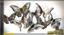 Grande décoration murale en métal : papillons multicolores 101 cm