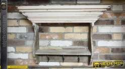 Etagère murale de style rustique avec grande corniche patine crème 78 cm