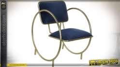 Chaise design en métal doré avec habillage tissu bleu nuit