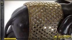 Statuette d'éléphant idien noir jais avec harnachement doré et brillant 56 cm