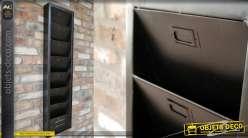 Porte revues mural en métal de couleur noir, de style industriel, 7 emplacements
