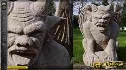 Sculpture Gargouille en pierrre sculptée à la main