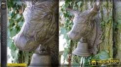 Tête de taureau avec cloche