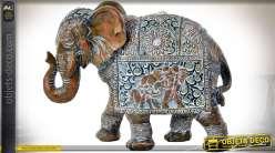 Statuette animalière éléphant imitation acajou sculpté finition vieillie blanchie 26 cm