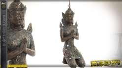Statuette bouddha agenouillé imitation bronze ancien et petits miroirs 52 cm